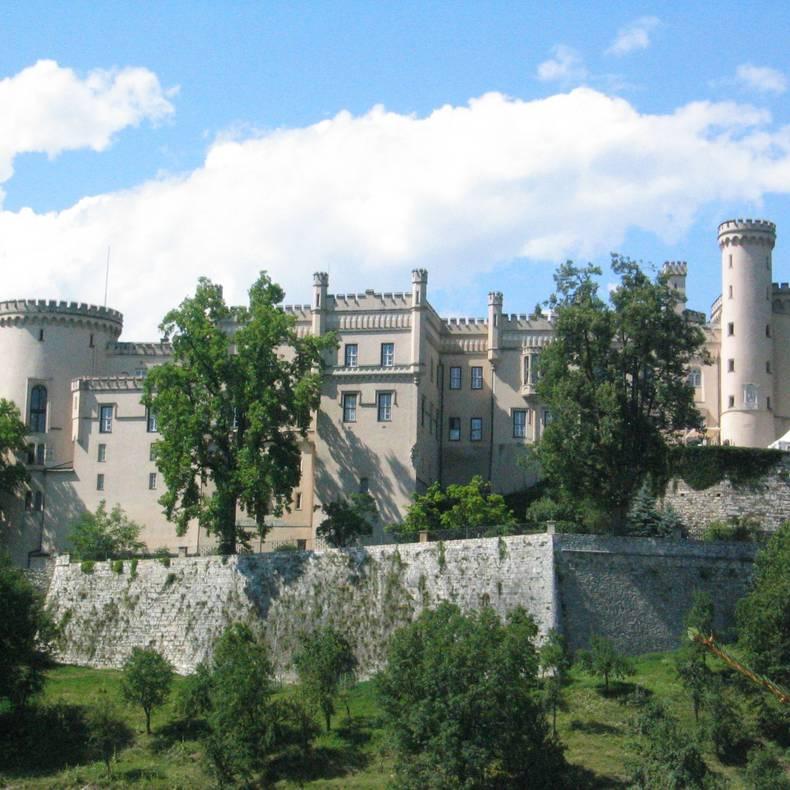 <p>Burgen und Schlösser in Kärnten, Schloss Wolfsberg</p>