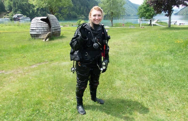Tauchen in Kärnten, Boggerin Viktoria Urbanek, Filmer Michael Stabentheiner