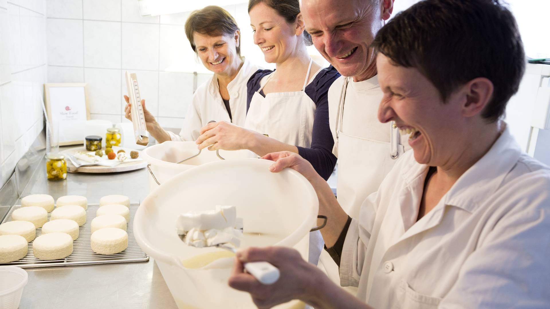Käseherstellung mit Familie Zankl im Käsehof St. Daniel