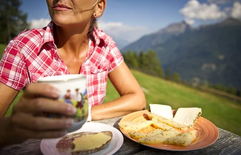 <p>Goldberghütte im Nationalpark Hohe Tauern, Glundner Käse</p>