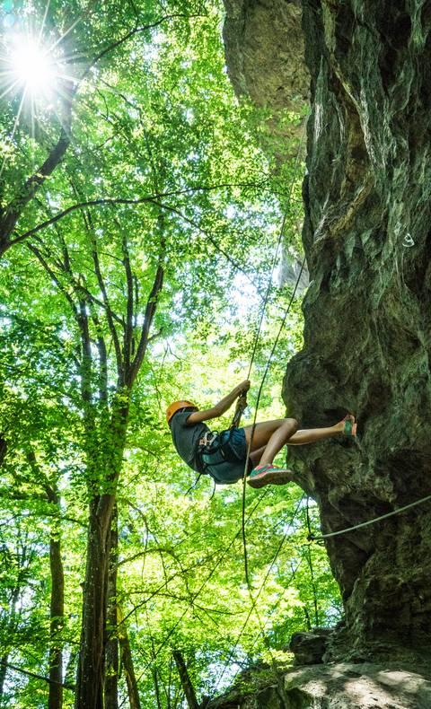 <p>Klettern in Kärnten, Peterlewand am Ossiacher See</p>