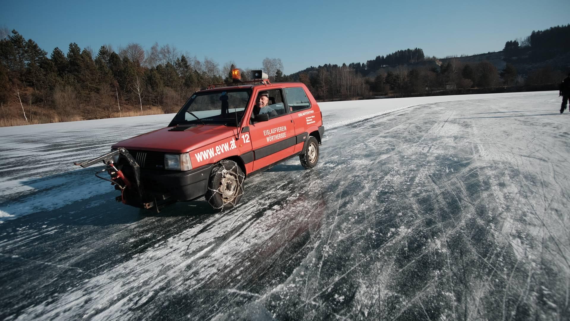 Eislaufen am Silbersee
