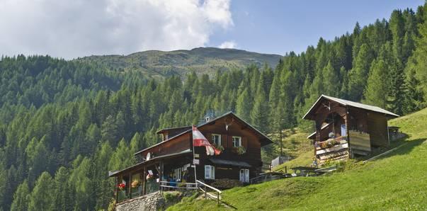 <p>Goldberghütte im Nationalpark Hohe Tauern</p>