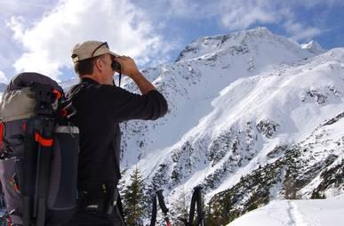 Schneeschuhwandern im Nationalpark Hohe Tauern.