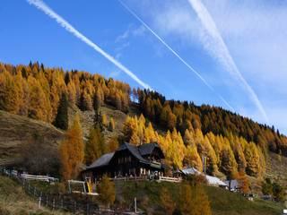 Lammersdorf-Almstraße: Von Lammersdorf/Millstatt am See bis zur Lammersdorfer Hütte   Geöffnet bis November (witterungsabhängig)