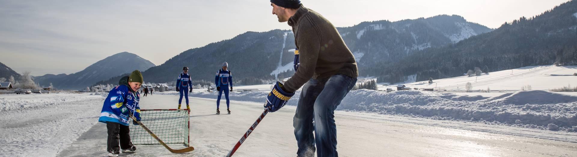 Eishockey am Weissensee