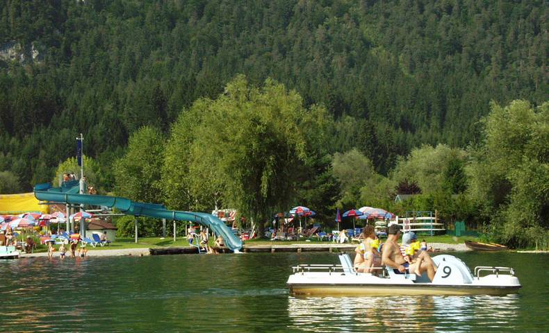 Tretbootfahren am Pressegger See