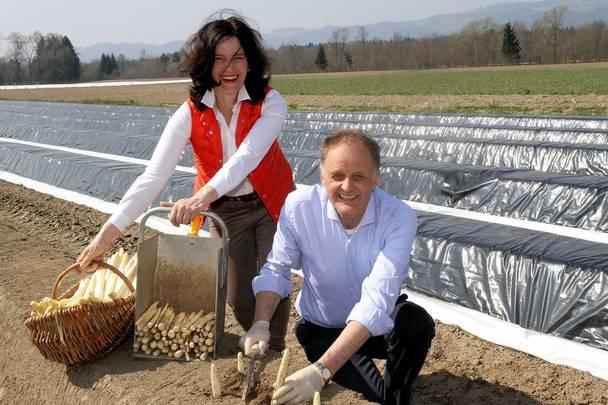 Gerda und Alfred Sternath Spargelbauern seit 25 Jahren