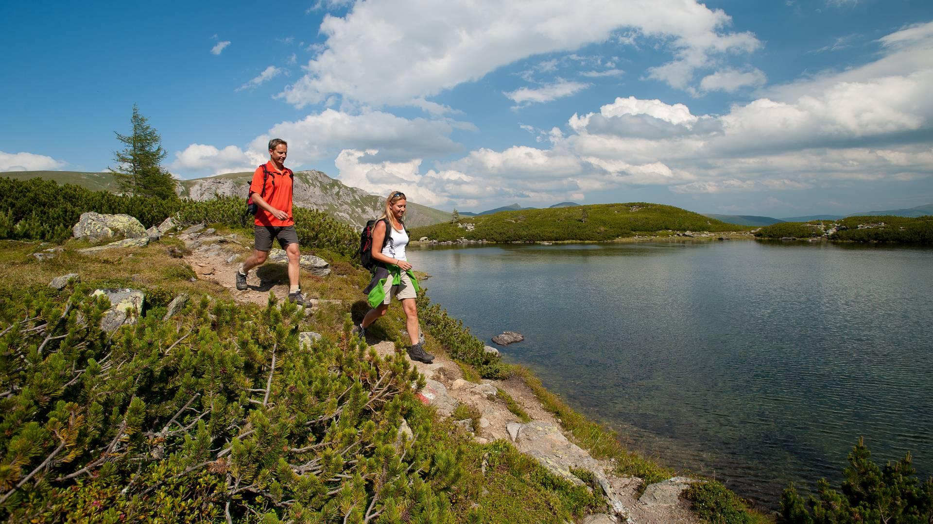 Alpe-Adria-Trail E15 Nassbodensee im Biosphaerenpark Nockberge
