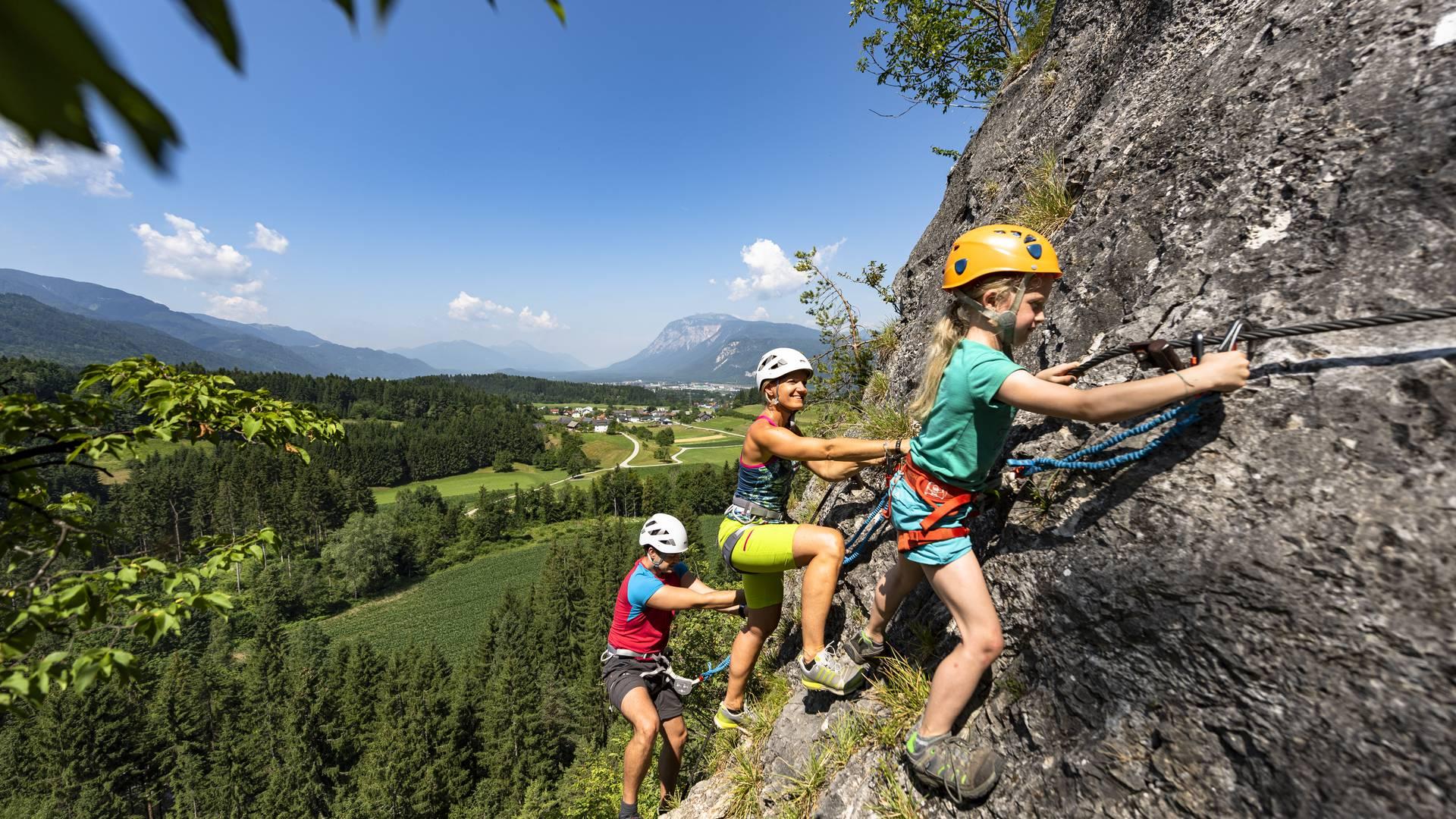 Kanzianiberg Klettersteig mit Familie