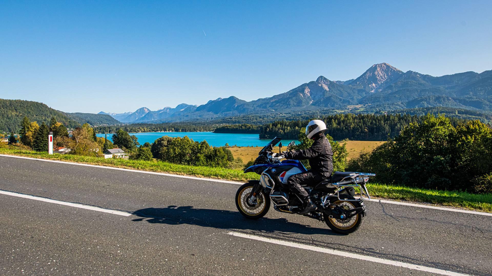Motorrad Faaker See