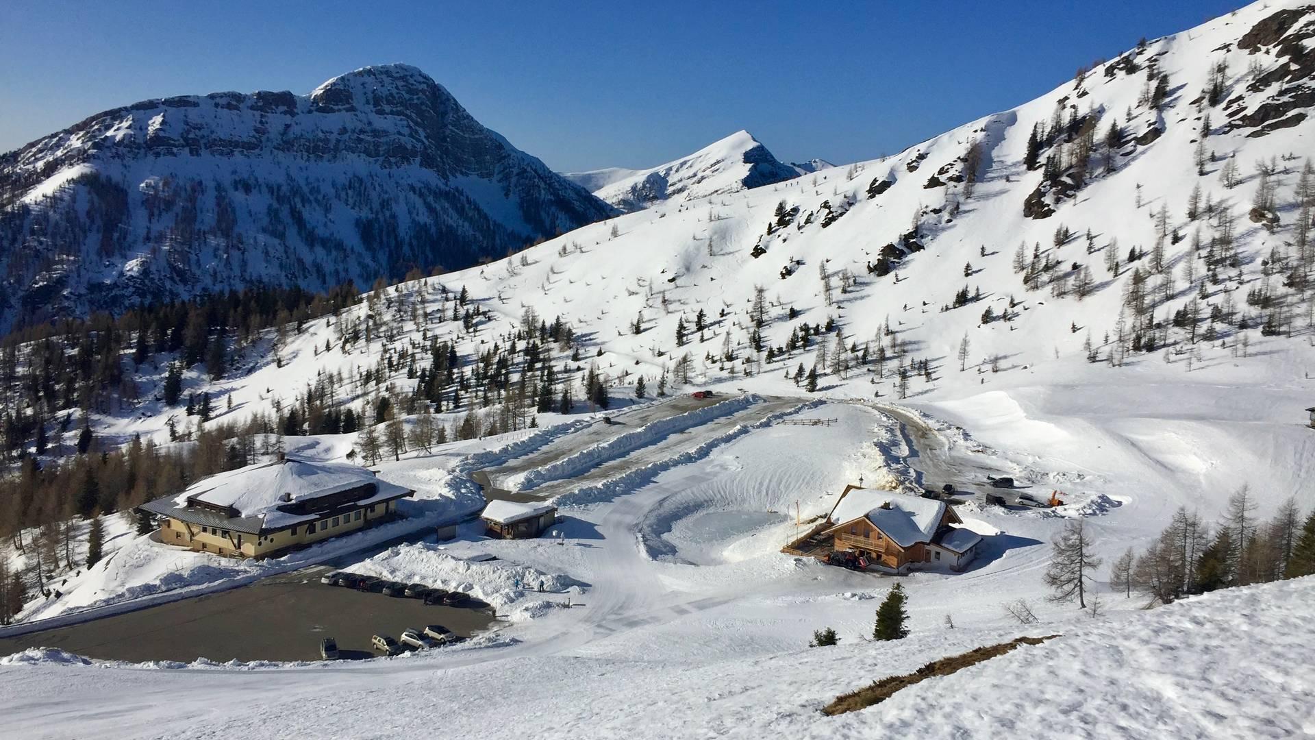 Parkplatz Seetal mit Wieserhütte auf 1.886 m Seehöhe