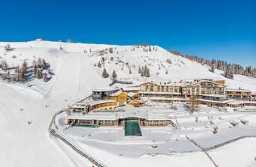 Mountain Resort Feuerberg im Schnee