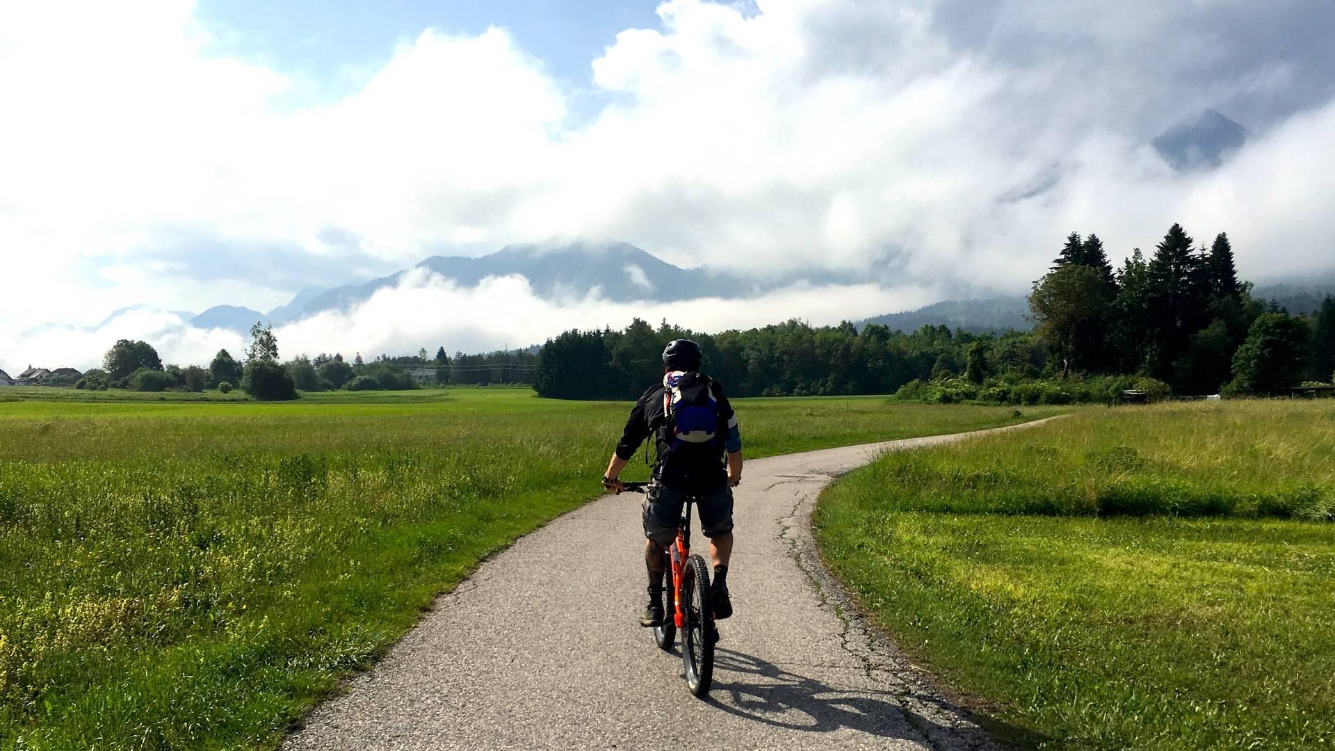 c Heiko Mueller beim Radfahren in Kaernten