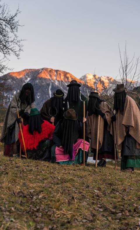 Pehtra Baba Winter Brauchtum