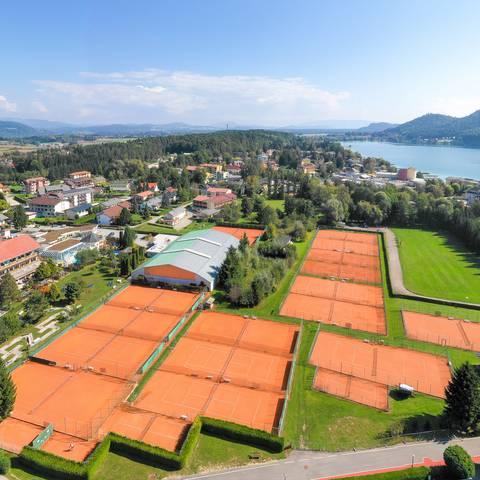Tennis im Hotel Mori am Klopeiner See_Luftaufnahme