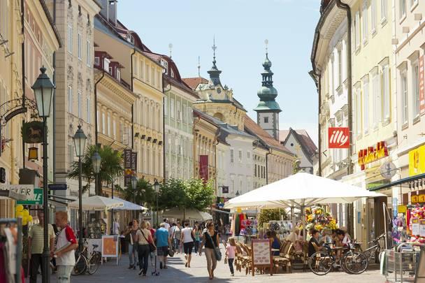 Klagenfurt Altstadt Alter Platz Fussgaengerzone