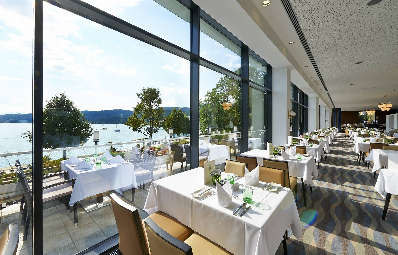 Parkhotel Poertschach Hotelrestaurant mit Seeblick
