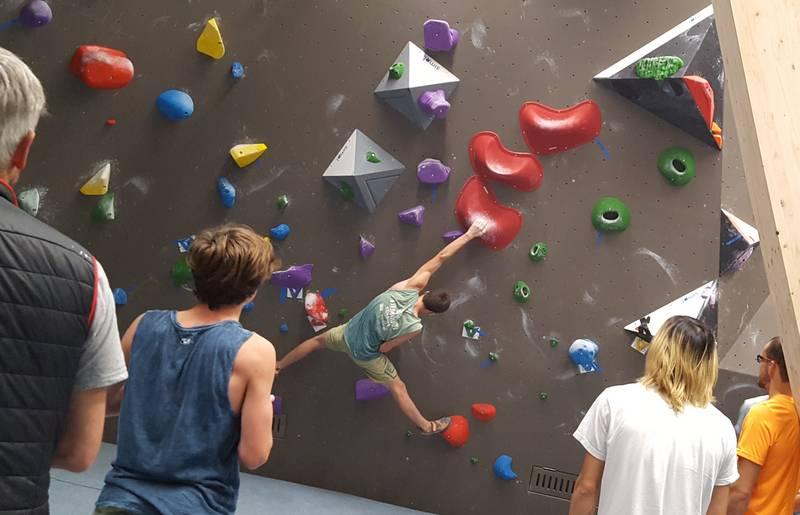 Bouldern heisst eigene Bewegungsmöglichkeiten zu erweitern