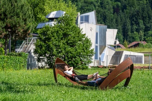 Steinhaus Domenig nahe dem Slow Trail Bleistätter Moor am Ossiacher See