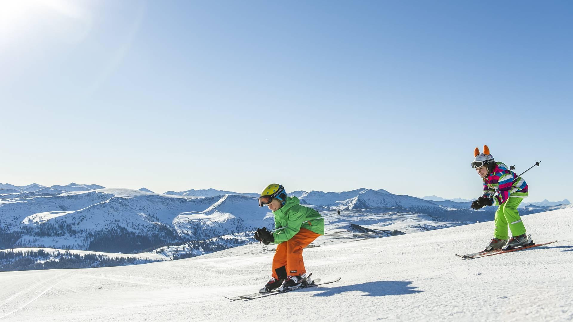 Katschberg_Kinder beim Skifahren