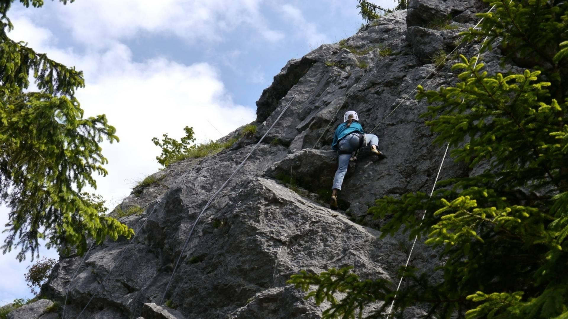 Schnupperklettern mit der Alpinschule Highlife am Kanzianiberg